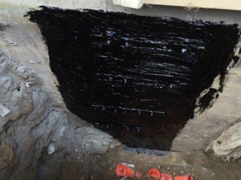 Membrane élastomère sur fissure de béton