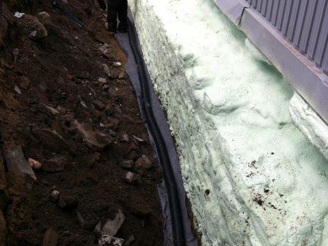Installation d'un drain de fondation